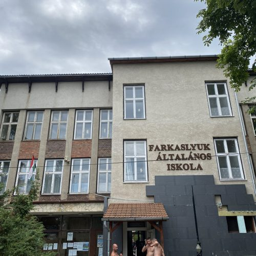 Výmena okien škola Maďarsko 05
